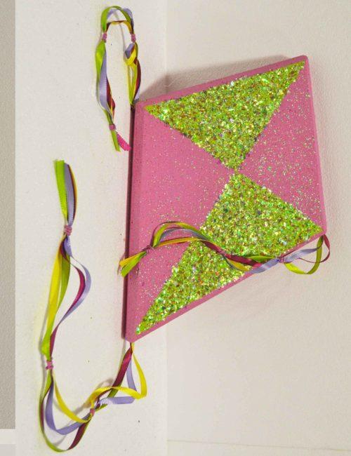 aquilone rosa verde decorazione polistirolo vetrine negozi primavera